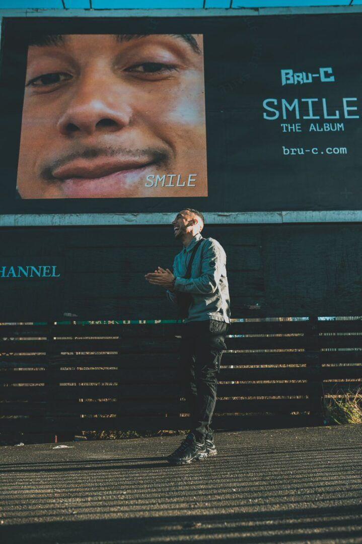 BRU C SMILE
